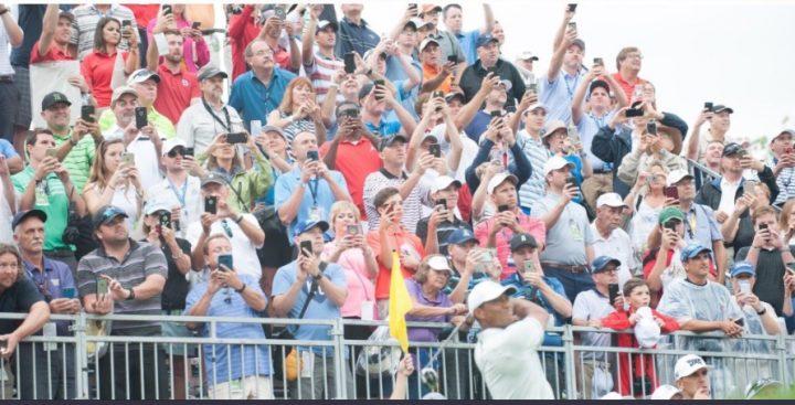 Tiger Woods 20018 smartphones
